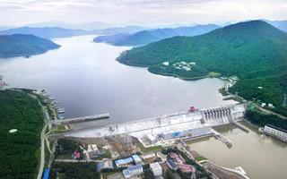 丰满电站重建工程4号机组按期高质量投产发电